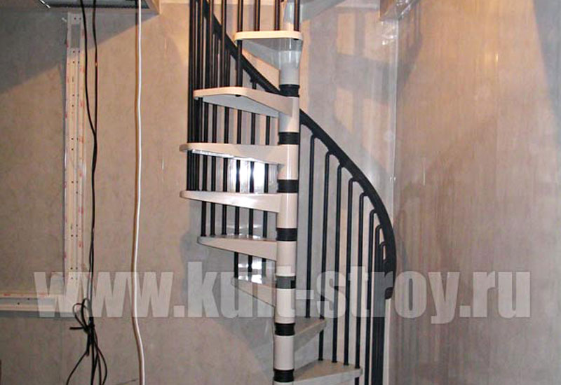винтовая лестница модель 1