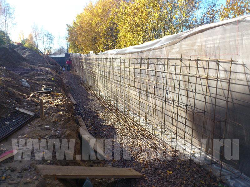 стена из бетона